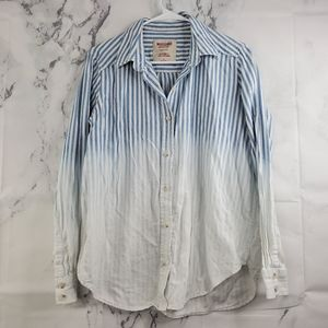 !SALE 5 FOR $25! Mossimo Ombre Button Front